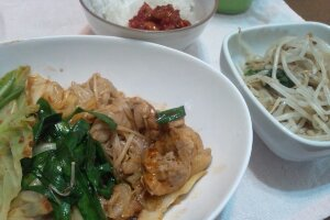 止まらない韓国料理